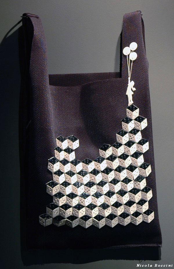 handbags in porcelain