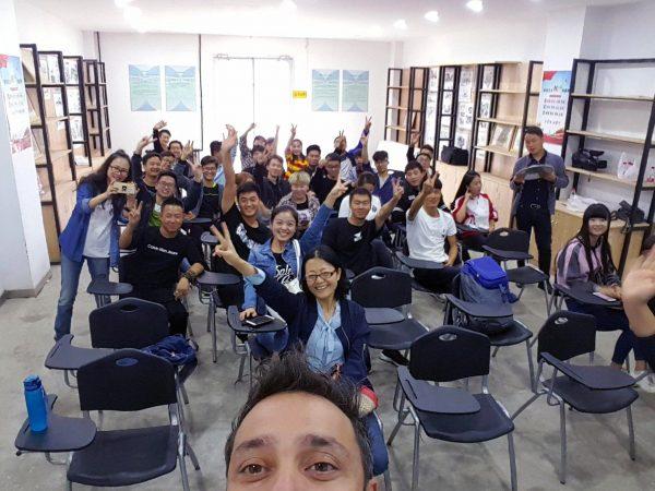 Ceramica 1.0 e ceramica 2.0, workshop e incontro con gli studenti del dipartimento di ceramica e scultura di Lintao, Cina 2017