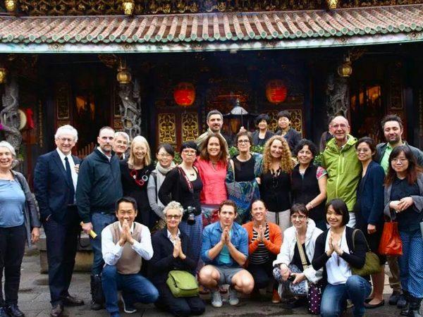 Tutti gli Artisti della Biennale al tempio di Taiwan. 2014