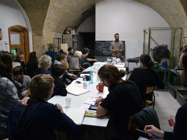Workshop, la ceramica ad alta temperatura, Accademia di Belle Arti di Danzica. Polonia